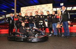 Das Team Goldtimer Renntaxi by F10 bei der Präsentation 2015
