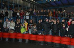 Die Zuschauer beim Zieleinlauf (Foto: Dirk Fulko)